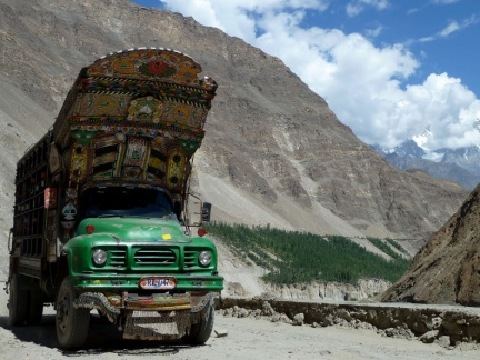 Karakorum Highway (2)